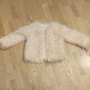 ❤Cat & Jack Faux Fur Coat NWT 6T❤